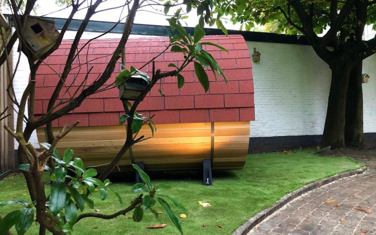 sauna hout en hamer